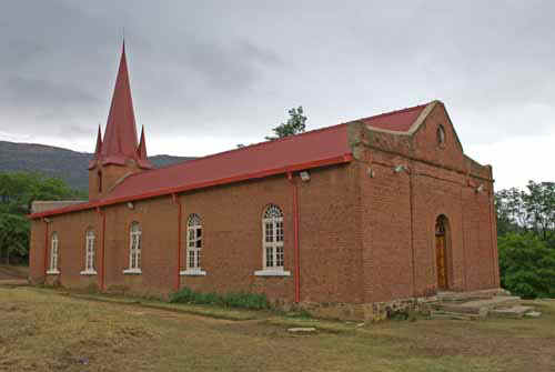 Morija Church_PG01499.jpg (34952 bytes)