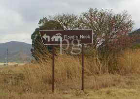 Floyds nook sign.jpg (7948 bytes)